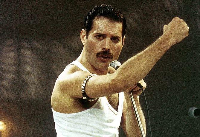 Penyanyi legendaris Freddie Mercury